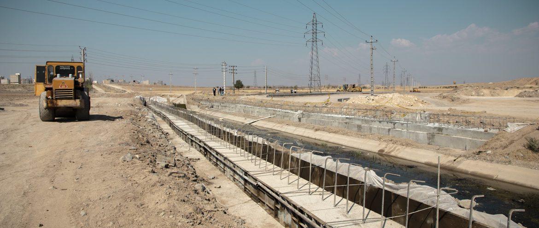 اجرای پل تقاطع خیابان ۵۵متری کوثر با کانال آب شورابیل